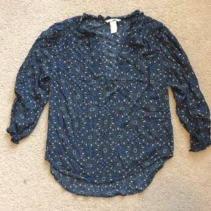 H&m starburst floral blouse